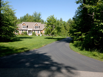residential drive way sealcoating seacoast nh Stratham NH